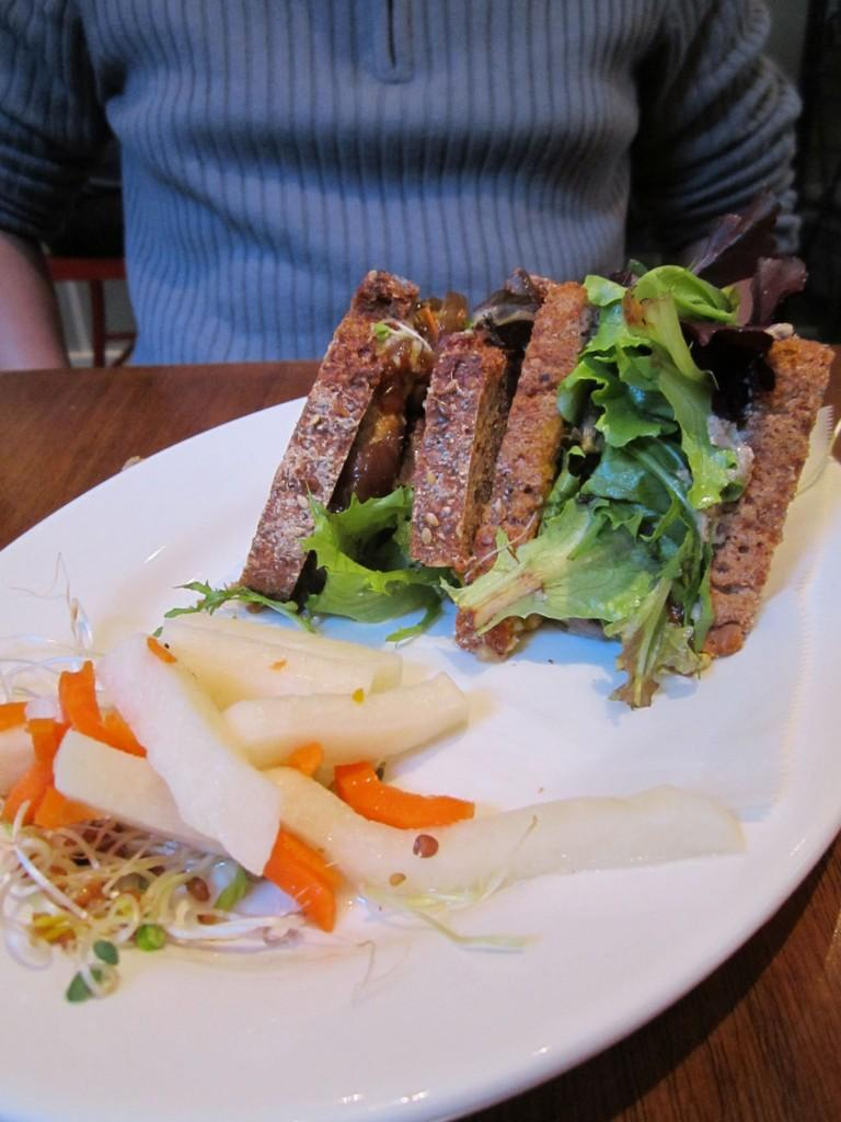 If you are looking to change your meat-eating routine, check out the vegan restaurant, Peacefood Café. (Sara Azoulay/The Observer)