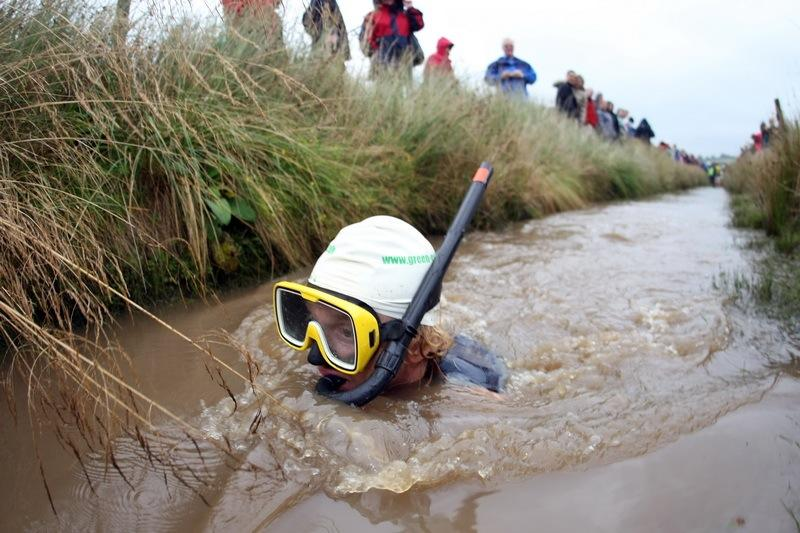 Bog snorkelers must complete the course without using traditional swimming styles. They can only use flippers. (Photo: RUDGR/Wikimedia Commons)