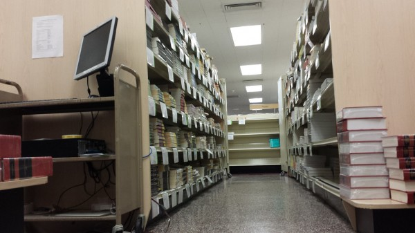 Despite increased selection and savings, digital textbooks sales still remain low.  (Mimi Ahn/The Observer)