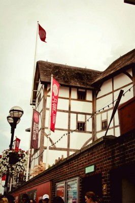 The students training at the London Dramatic Academy often get incredible opportunities to visit sights like The Globe Theatre. (Jennifer Khedaroo/The Observer)