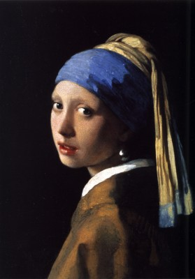 The Girl with the Pearl Earring is Back in Town