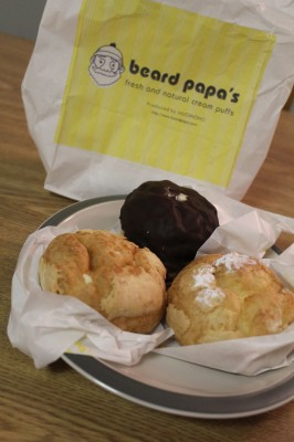 The bag does not lie. Beard Papas sells fresh and natural cream puffs. Megan Tang/The Observer