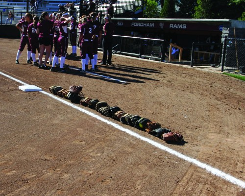 The+softball+team+started+their+season+off+in+Orlando%2C+Fla.+with+a+2-1+record.+%28Courtesy+of+Fordham+Sports%29