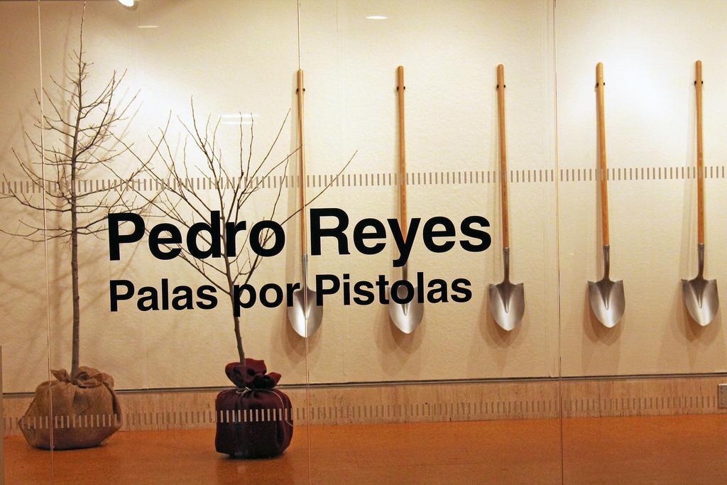 'Palas por Pistolas' to be Displayed in Butler Gallery