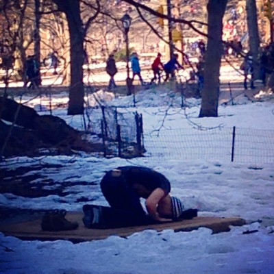 New Yorker prays in Central Park. (Mariam Moustafa/ The Observer)