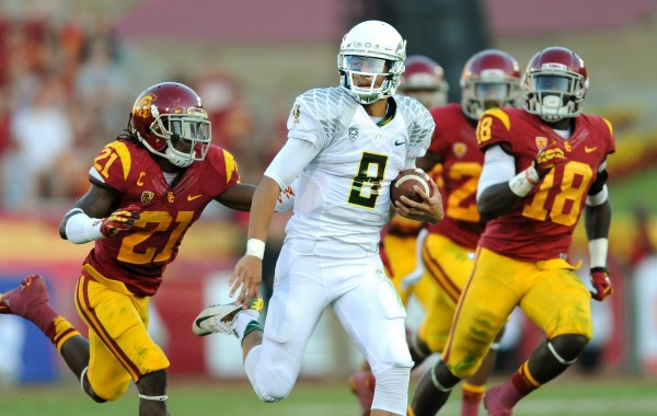 Marcus Mariota may be one of the best players in the draft, but will he be available for the Jets to select? (PHOTO COURTESY OF WALLY SKALIJ/ LOS ANGELES TIMES VIA TNS)