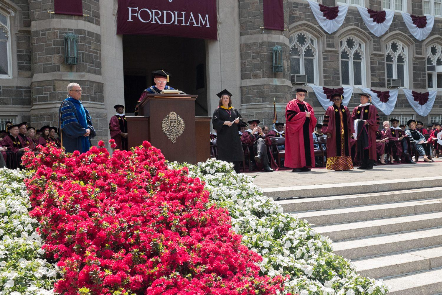Smithsonian Head to Speak at 2016 Commencement
