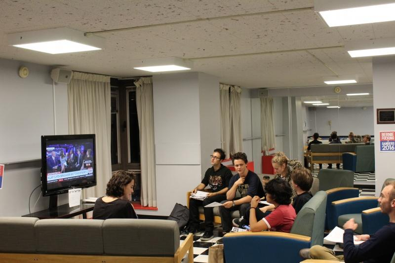 Students involved in Fordham for Bernie gathered in the 8th floor lounge to watch the Democratic debate. (CONNOR MANNION/THE OBSERVER)