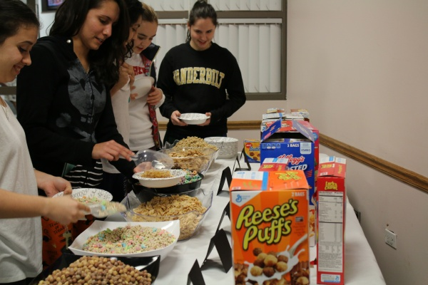 Students enjoyed a cereal and milk bar at the first LC After Dark event. (JULIA CORNELL/ THE OBSERVER )