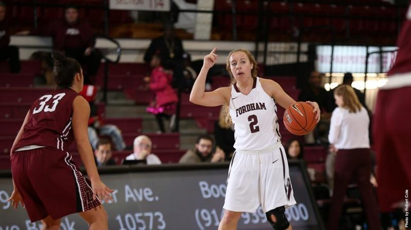Fordham's Lauren Holden, FCRH '19, calls a play on the court earlier this season. (Robert Cole/Fordham Sports)
