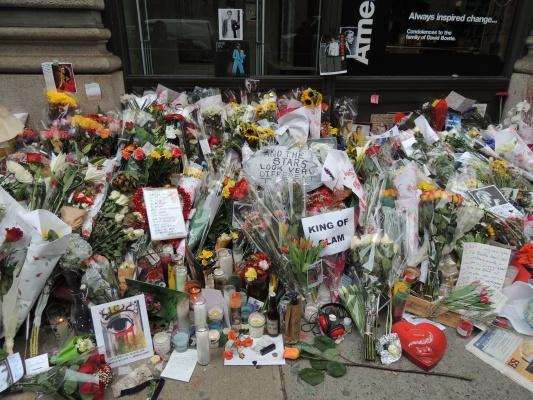 Flowers decorate the street in memory of David Bowie. (PHOTO BY IREM SINDEL/ THE OBSERVER)