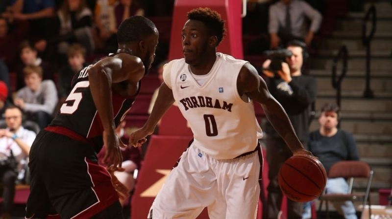 Men's Basketball Finishes Week Strong Against Richmond, UMass