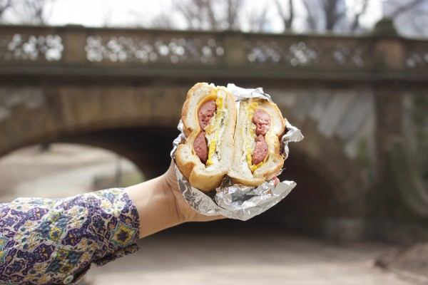 Breakfast+sandwich+from+a+food+truck+by+the+Columbus+Circle+entrance+of+Central+Park.+%28PHOTO+BY+REGINA+OREA%2FTHE+OBSERVER%29