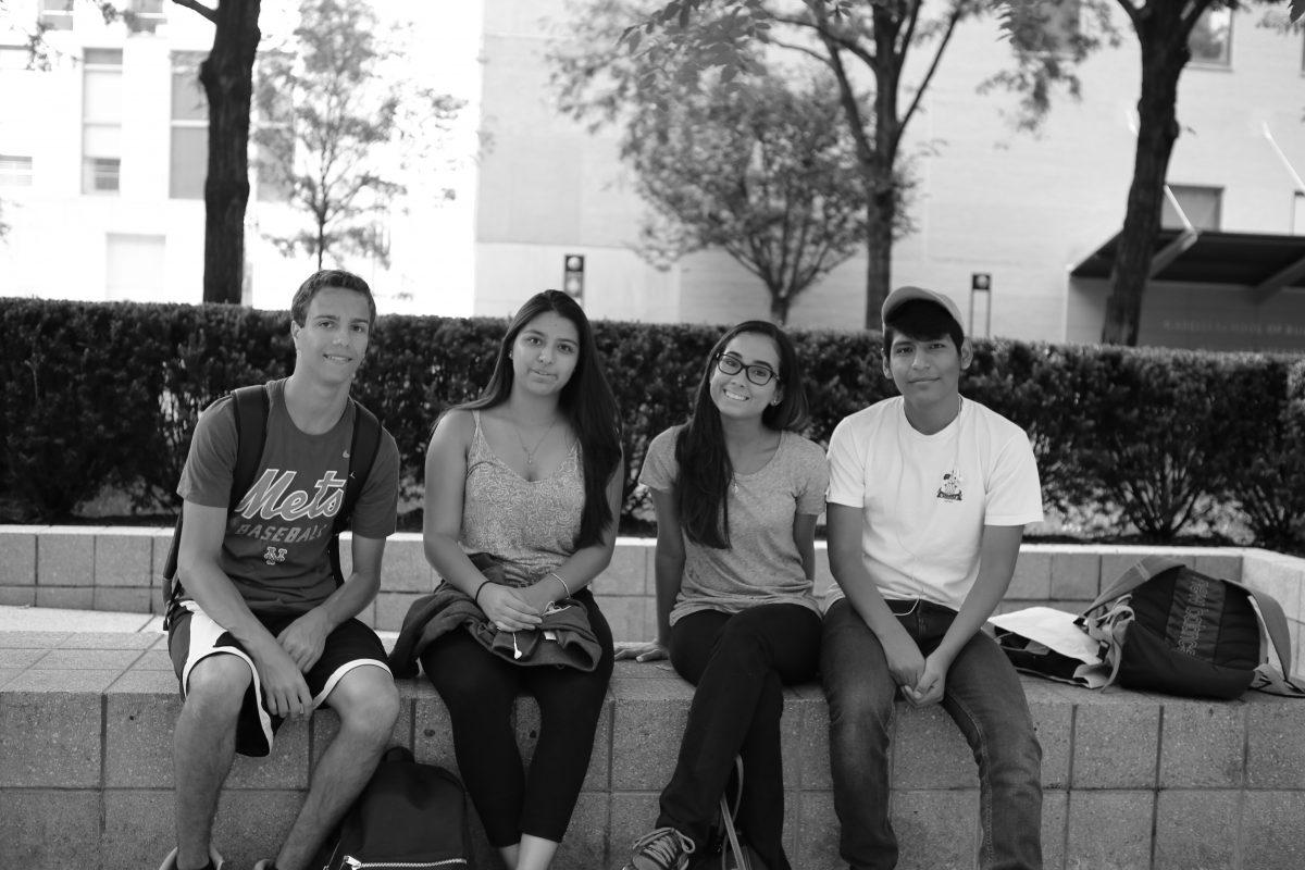 Freshmen students Kimberly Cruz and Nick Howard with their friends on the outdoor plaza. (PHOTO BY TERRY ZENG/THE OBSERVER)