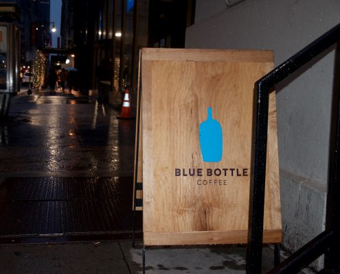 Blue+Bottle+Coffee%2C+a+Fordham+favorite%2C+offers+quality+coffee+and+an+ideal+studying+environment.+%28JULIET+ALTMANN%2FThe+Observer%29