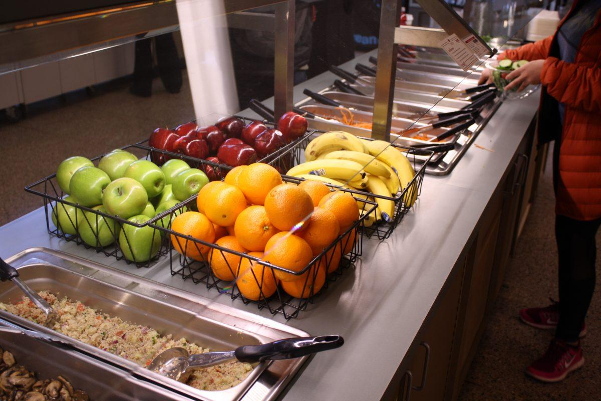 Fordham Campus Dining needs to add more options for vegan students. (BROOKE PARRETT/THE OBSERVER)