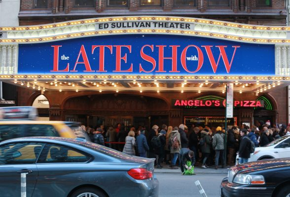 The+Late+Show+with+Stephen+Colbert+is+a+favorite+late+night+spot+among+FCLC+students.+%28BROOKE+PARRETT%2FTHE+OBSERVER%29