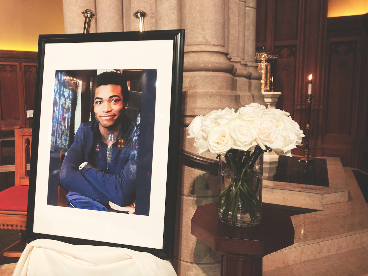On Oct. 2, Campus Ministry and university officials ran and attended Rose Hill freshman Nicholas Booker's memorial service.   (RUBY GARA/ THE OBSERVER)