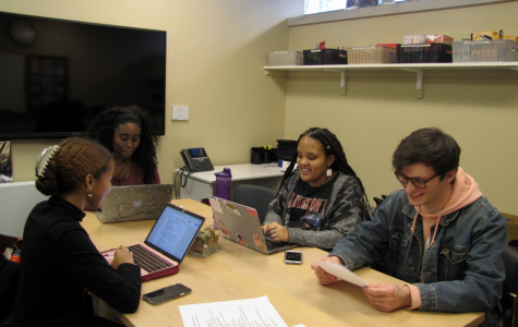 Members of Black Student Alliance discuss their programming agenda for Black History Month. (AMINA VARGAS/THE OBSERVER)