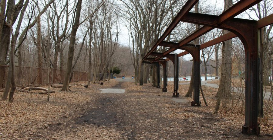 Historians+believe+that+18th-century+slaves+are+buried+under+Van+Cortlandt+Park.