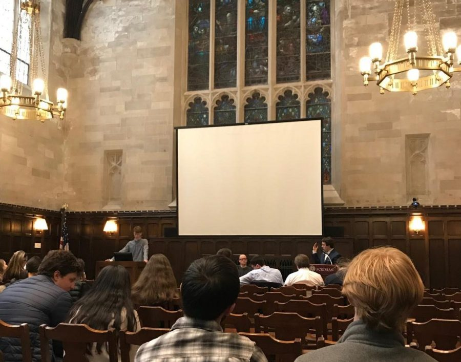 In+a+debate+between+the+Fordham+College+Republicans+and+Democrats%2C+students+came+together+to+discuss+pertinent+issues+facing+our+world+today+in+a+civil+manner.+Topics+included+such+issues+as+President+Donald+Trump%E2%80%99s+proposed+wall+along+the+U.S.+southern+border%2C+subsidizing+public+college+tuition+and+a+possible+military+withdrawal+from+Syria.