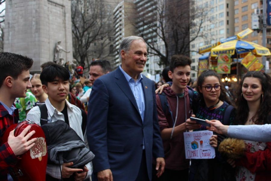 Washington Governor Jay Inslee recently visited Columbus Circle in support of combatting climate change, which is a core feature of his campaign.