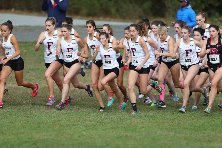Lead by Sydney Snow, FCRH '20, in third place, the women's team placed second overall.