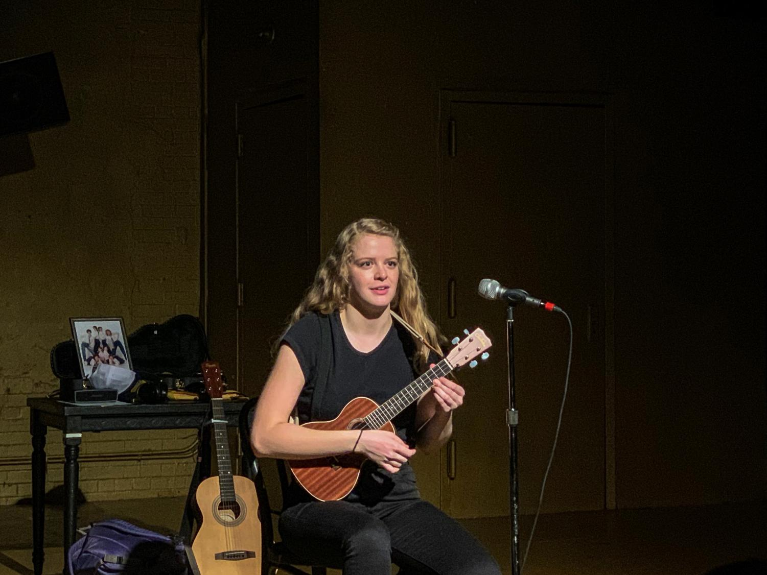 Ashley Everhart (FCLC) '20 performed a wide variety of musical hits as well as her own music.
