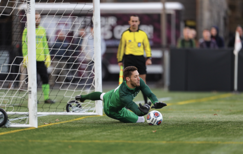 Men's Soccer Season Cut Short at Semifinals