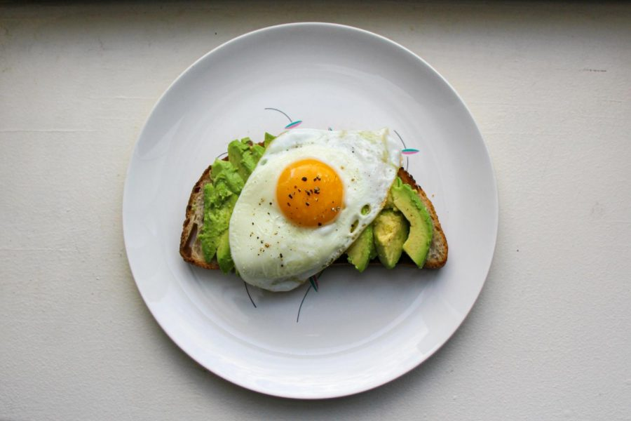 By+adding+toppings+like+an+egg+to+your+avocado+toast%2C+you+can+get+more+essential+nutrients+and+protein+from+the+Instagram+worthy+breakfast.+