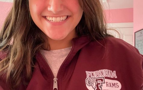 A selfie of incoming student Jenna Fazzone