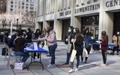 students waiting in line at CAB's Winter Market